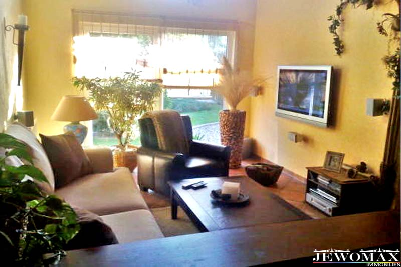 jewomax immobilien einfamilienhaus in bergfeld. Black Bedroom Furniture Sets. Home Design Ideas