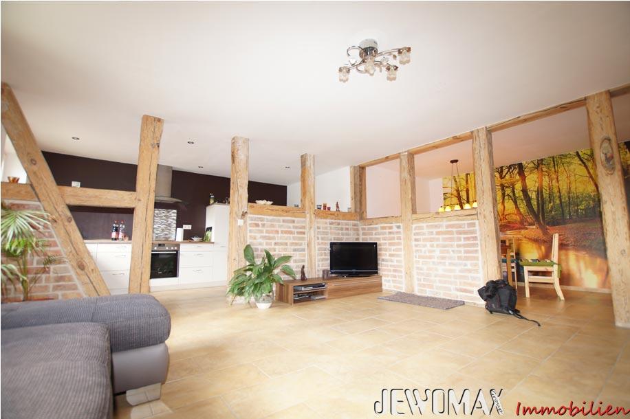 Jewomax immobilien einfamilienhaus in peckatel for Einfamilienhaus innen