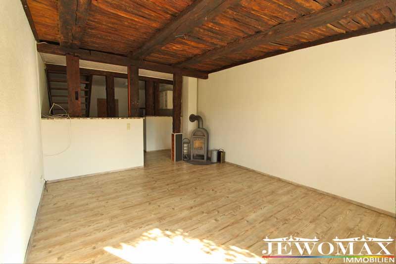 jewomax immobilien eigentumswohnung 17039 chemnitz. Black Bedroom Furniture Sets. Home Design Ideas